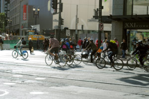 Bike commuters & public transportation mesh together in San Francisco - Image 4
