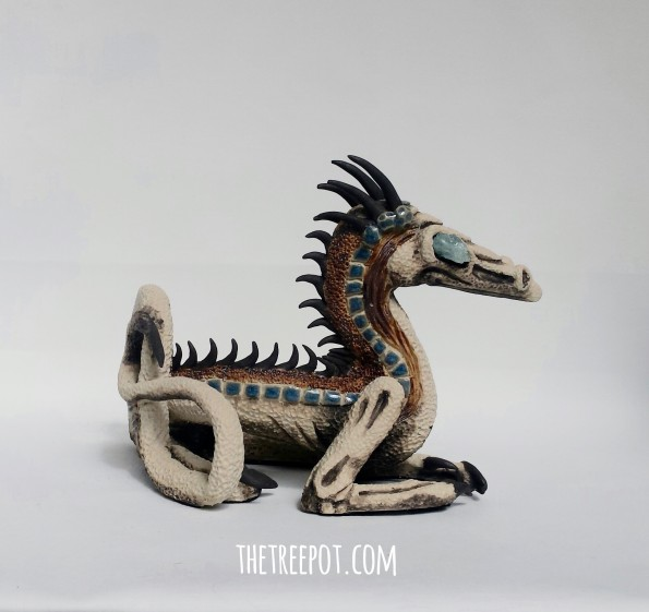 The_Count_dragon_sculpture_thetreepot_amandalilibarker
